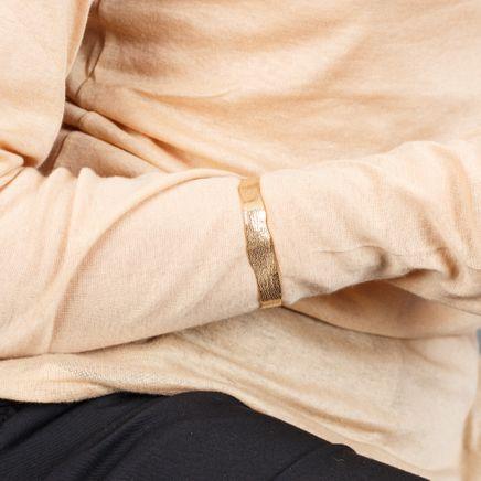 Molded Wrist Cuff Classic