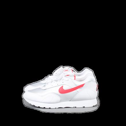 W Nike Outburst OG
