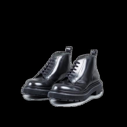 Type 121 Boot