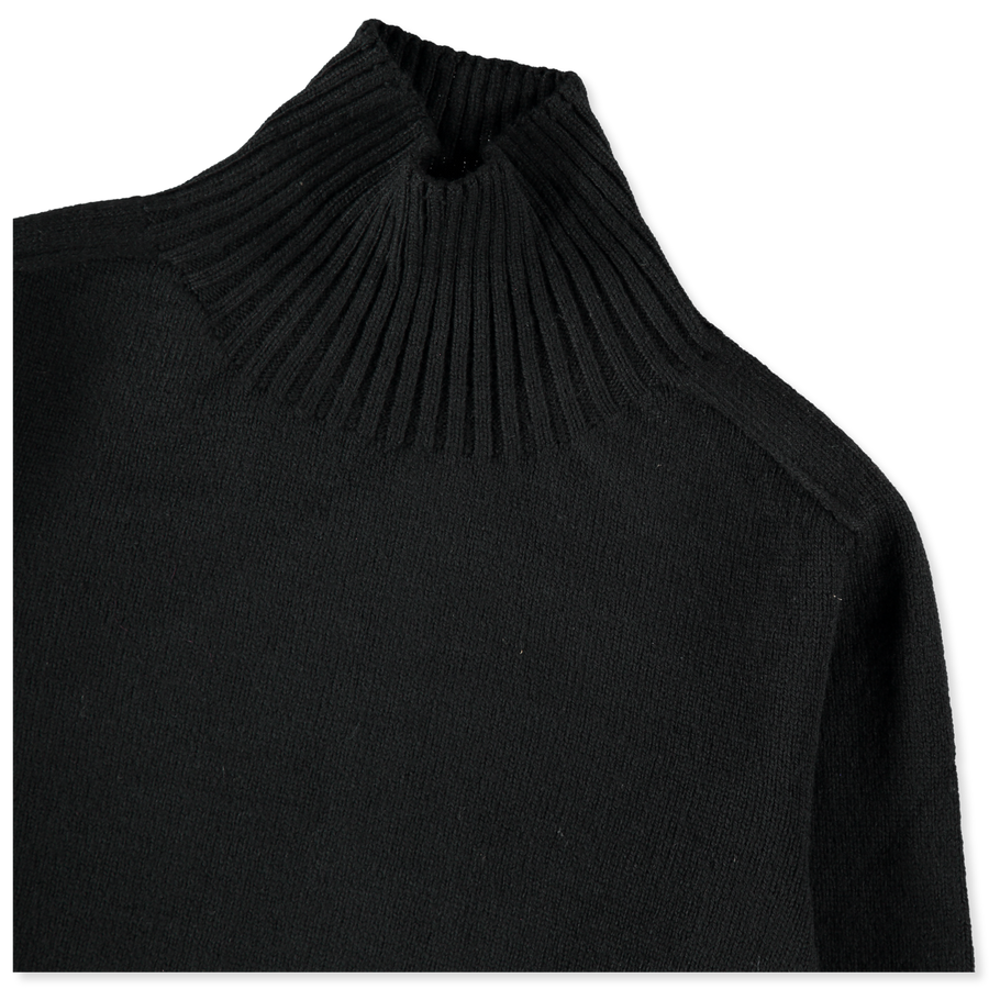 Saddle Sleeve Roll Neck