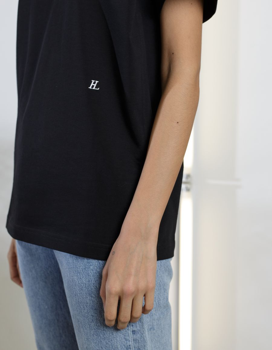 HL Logo Tee Ring Detail