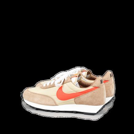 Nike Daybreak SP Beige