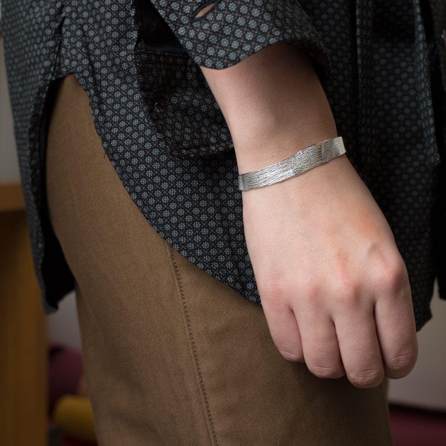 Molded Wrist Cuff