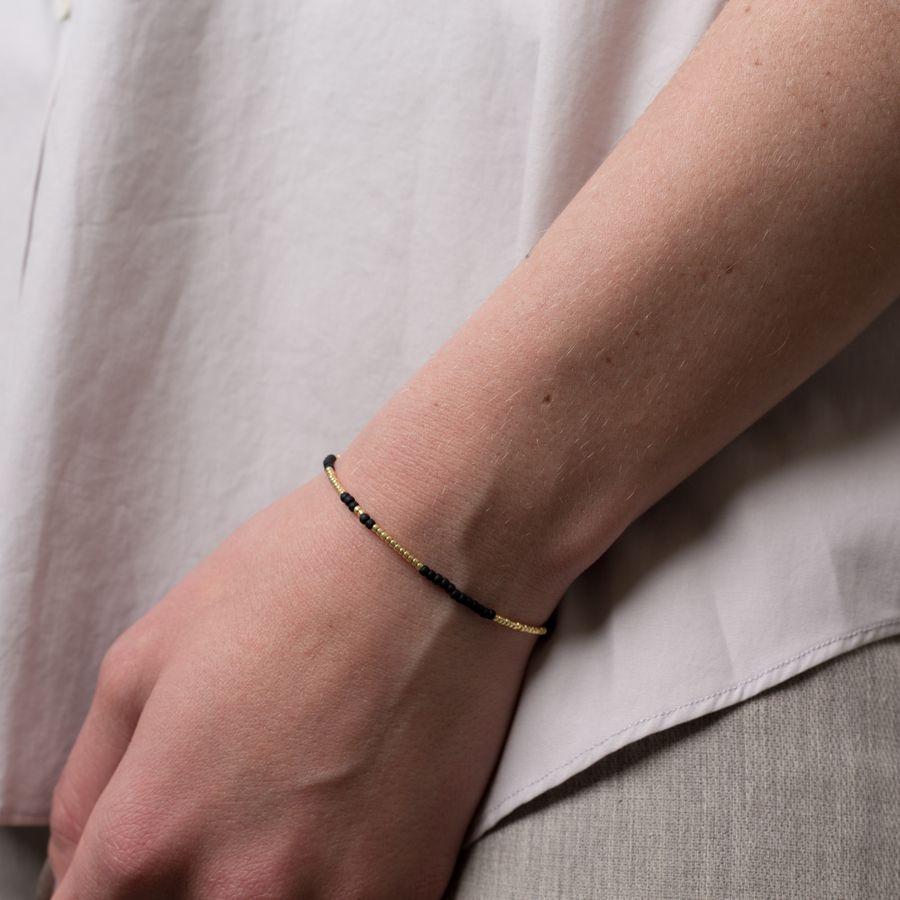 Asymmetric Pearl Bracelet
