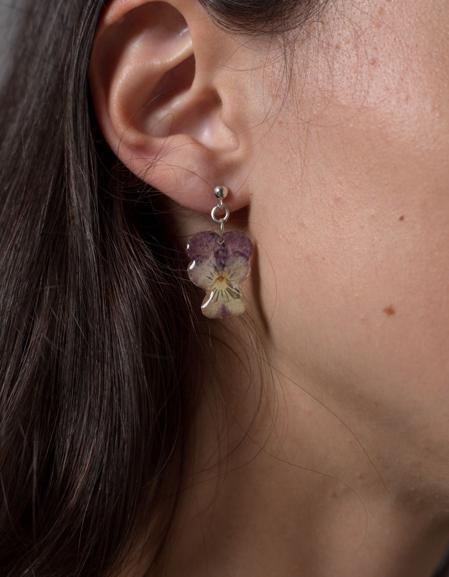 Pansy Earring