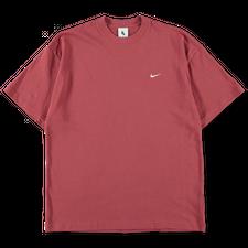 NikeLab Essentials                            NRG Solo Swoosh T-Shirt - Cedar